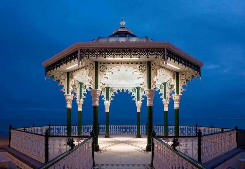 brighton_birdcage_bandstand_a011009_4.jpg