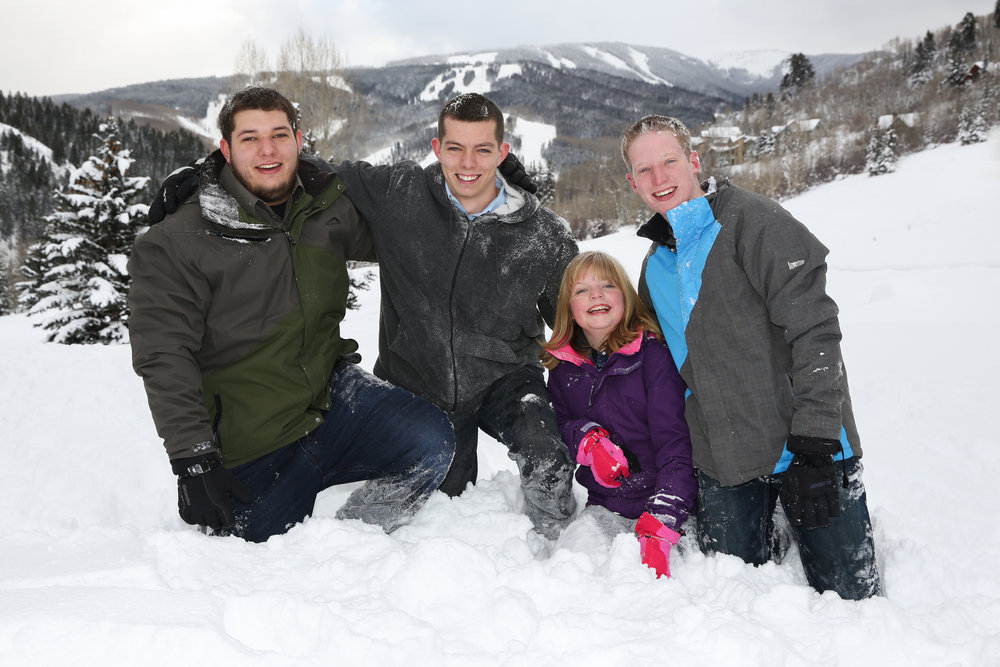best-family-portrait-photographer-beaver-creek.jpg