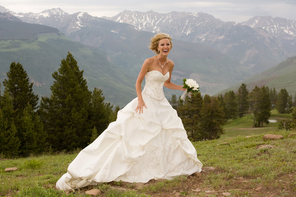 Vail Wedding Photographer Toni Axelrod on Vail Mountain