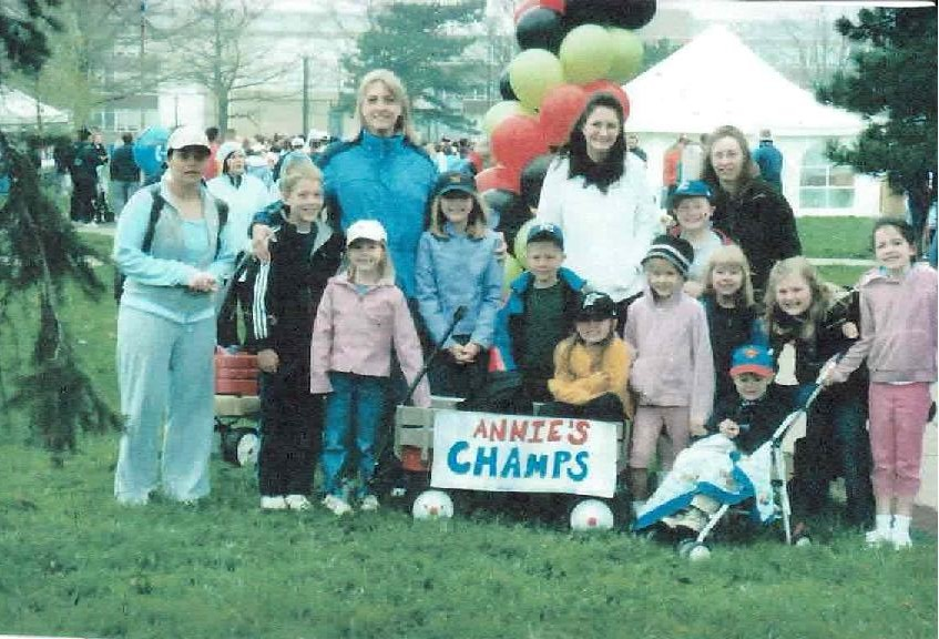 ms.annegirl & friends: Walk for MS, Buffalo, NY, 2001.