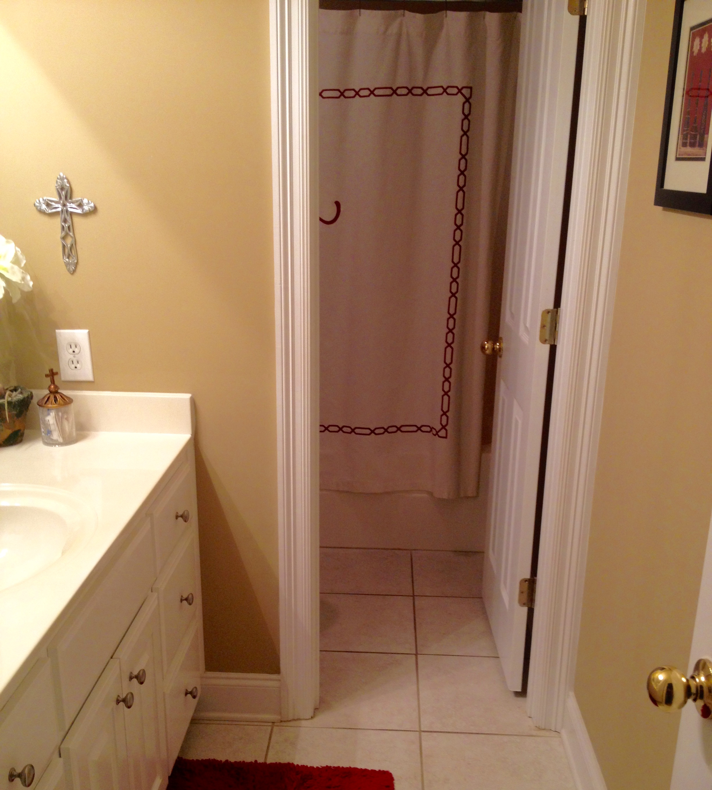 Jennifer Taylor Design - Bathroom Before