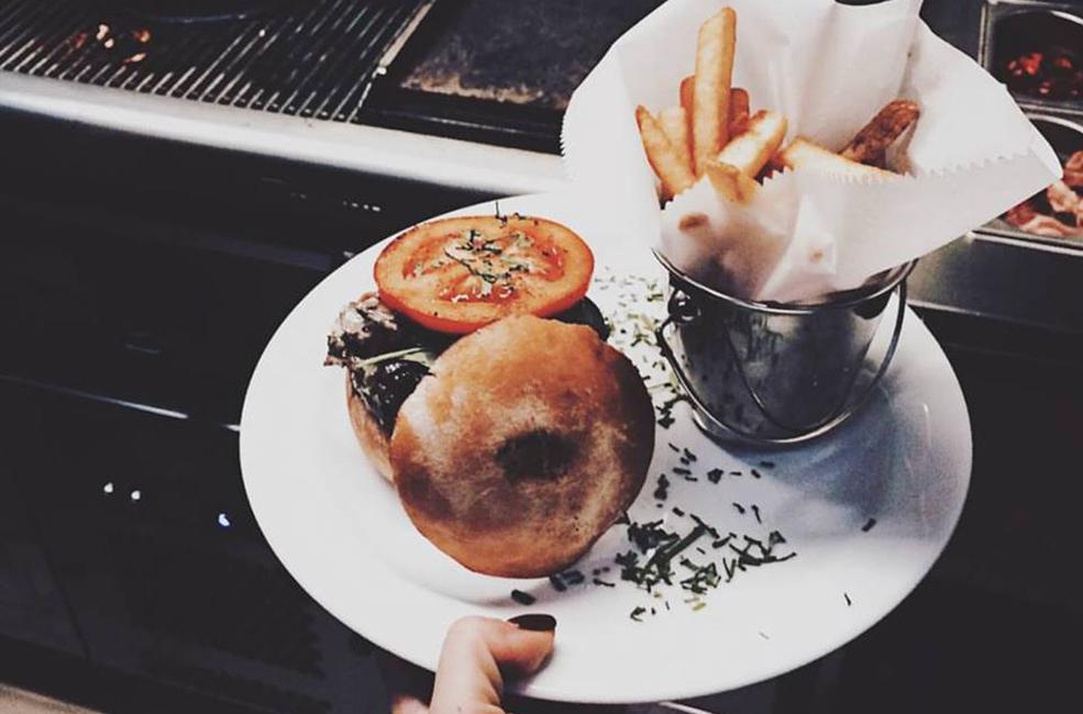 Street Burgers //Burgers