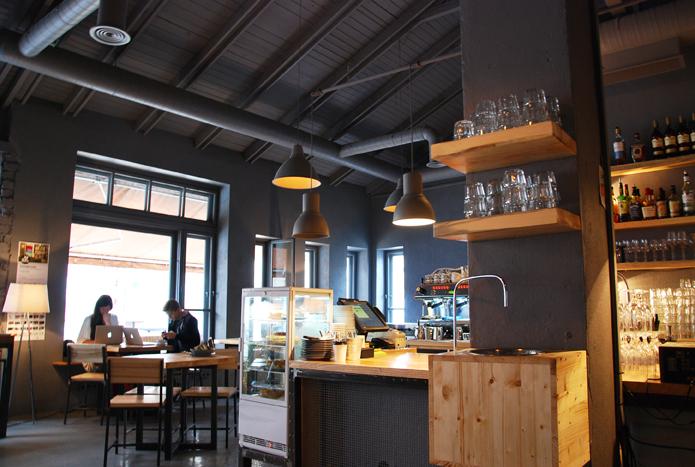 Vest //Restaurant