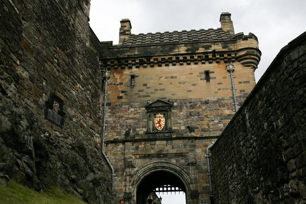 edinburgh_castle_scotland.jpg