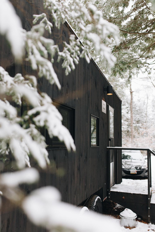 getaway_cabin.jpg
