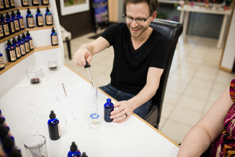Escentelle Custom Parfume Cary NC-6837.jpg