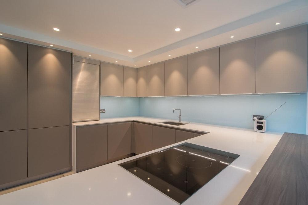 schuller-kitchen-induction-hob-london-7.jpg
