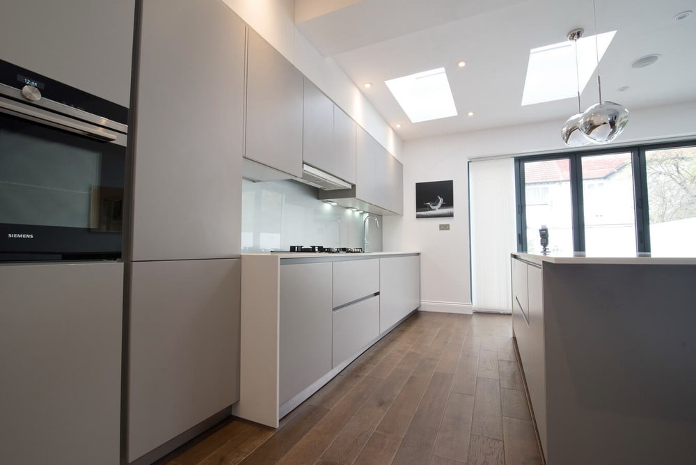 handleless-satin-kitchen-units-north-london.jpg