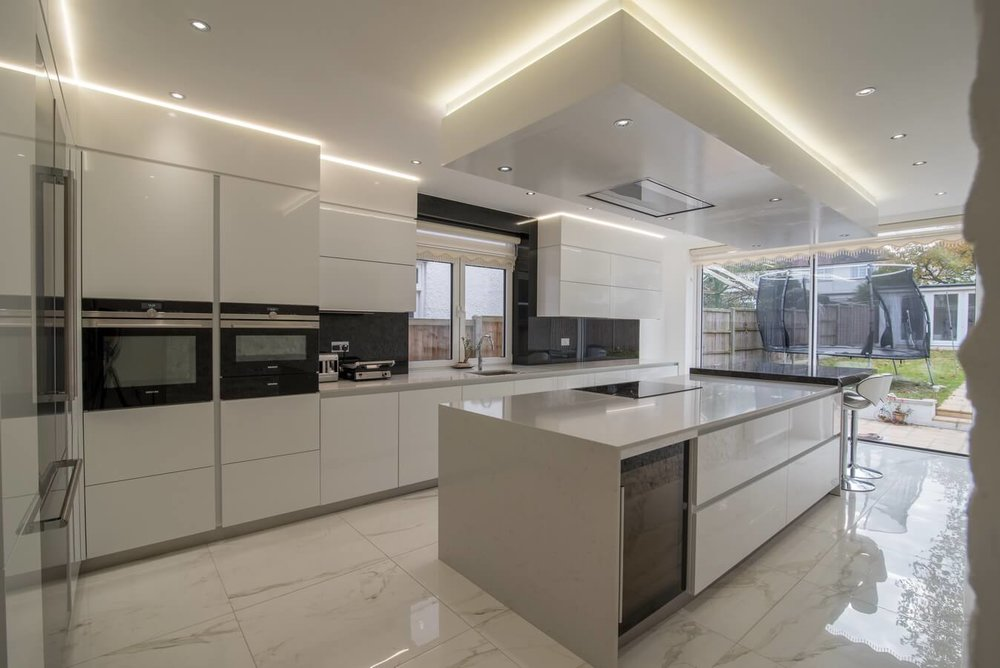 white-gloss-german-kitchen.jpg