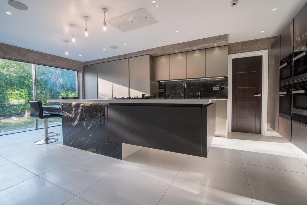 grey-brown-satin-kitchen-units-warendorf-London.jpg