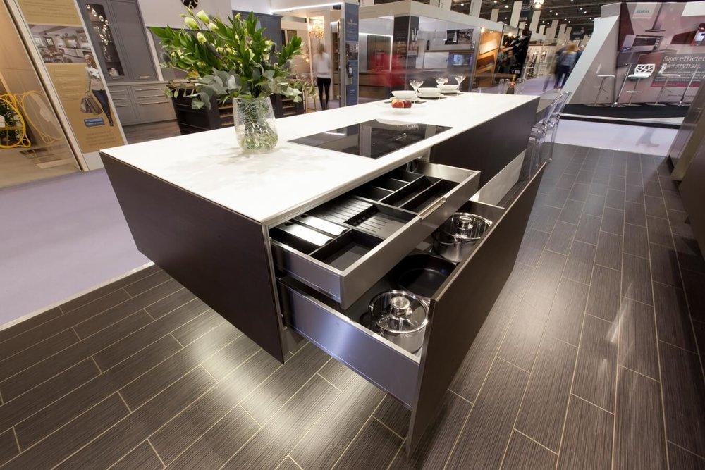 Kitchen-Drawer-Details-Grand-Designs.jpg