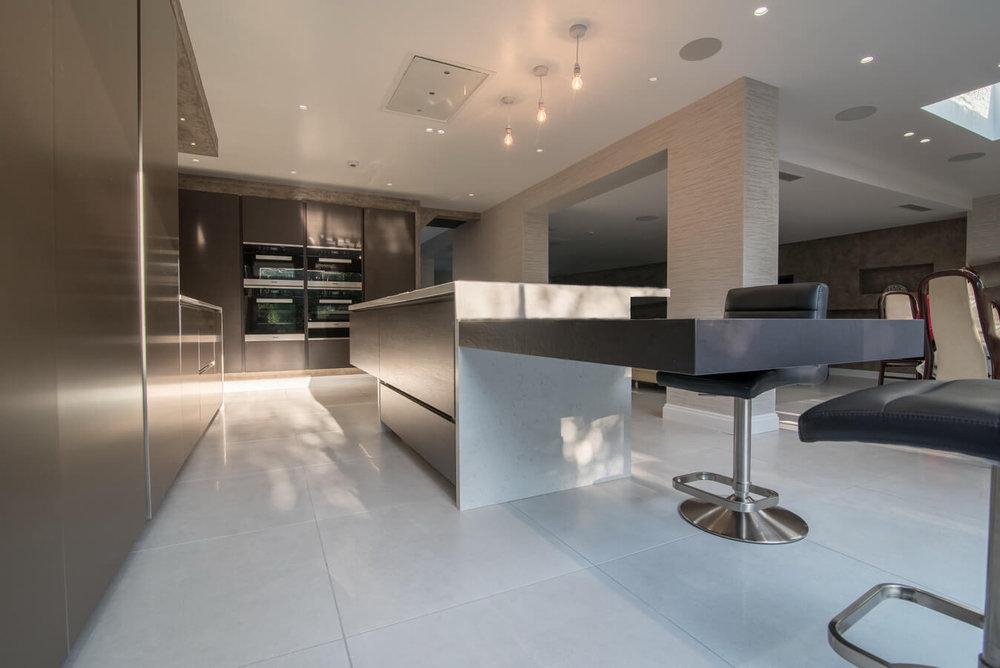 modern-warendorf-fitted-kitchen (1).jpg