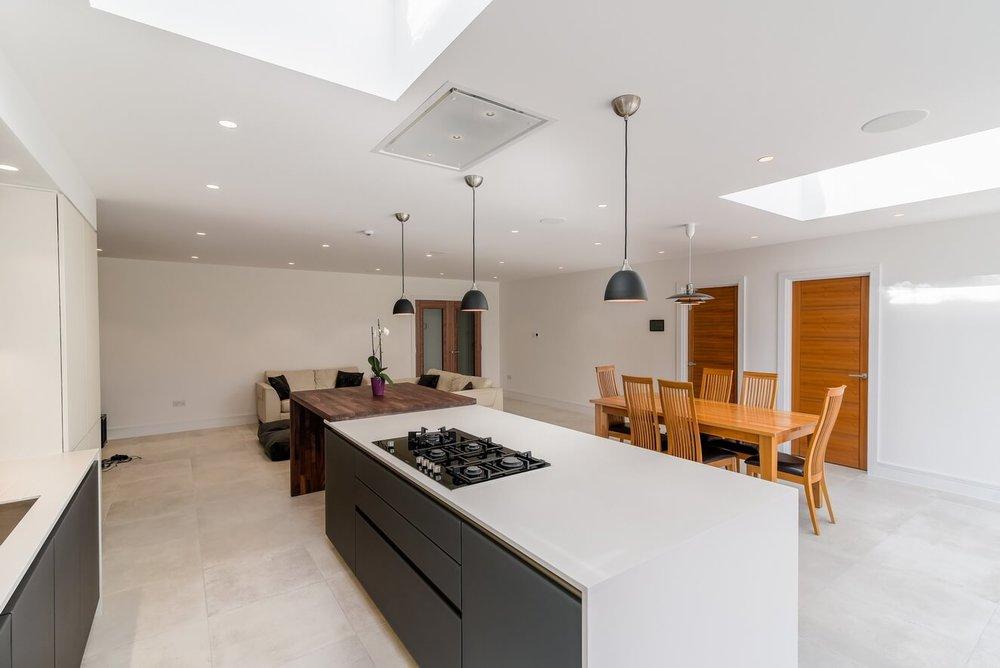 Modern-Designed-Kitchen-By-Moiety.jpg