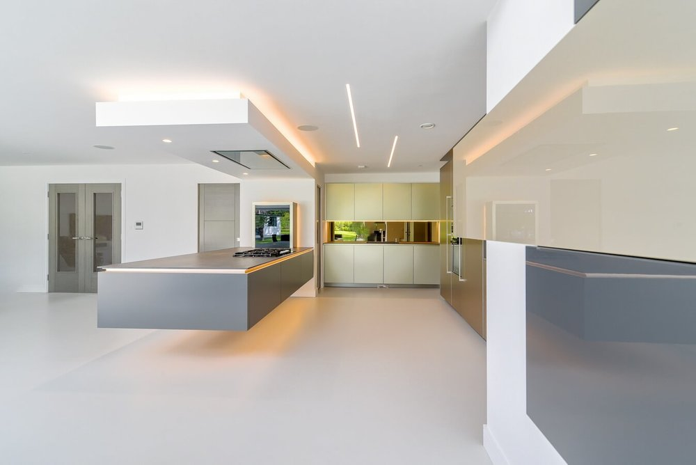 Floating-peninsula-kitchen-london.jpg