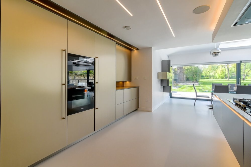 warendorf-titan-aluminium-kitchen-units.jpg