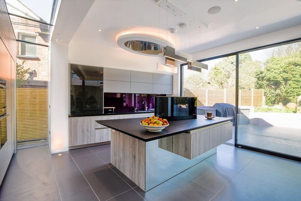 Grey-Stone-Laminate-Floating-Effect-Kitchen.jpg