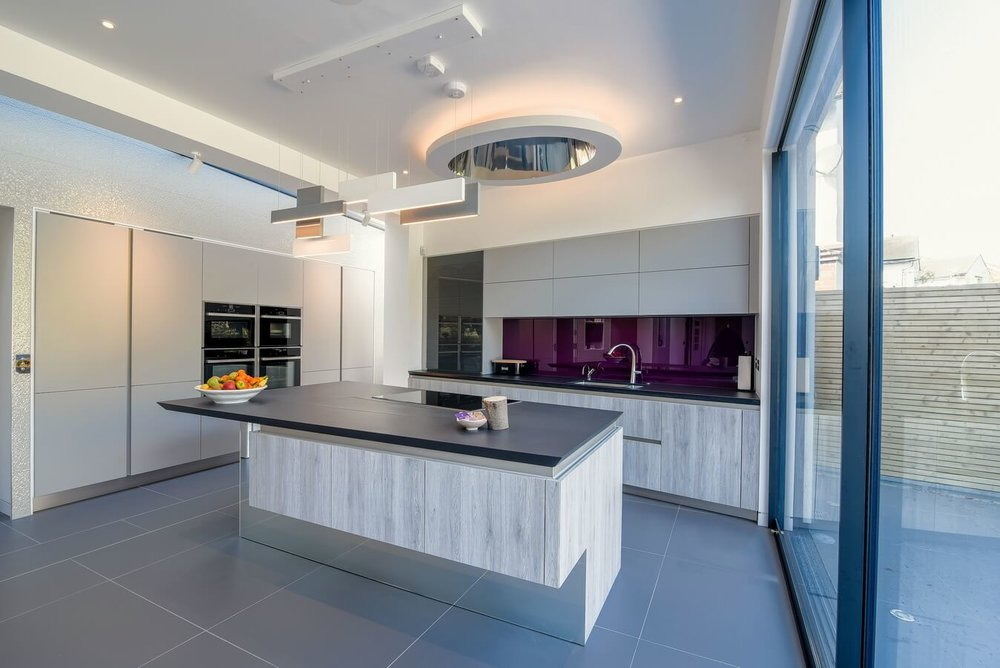 Modern-Kitchen-By-Schuller-Grey.jpg