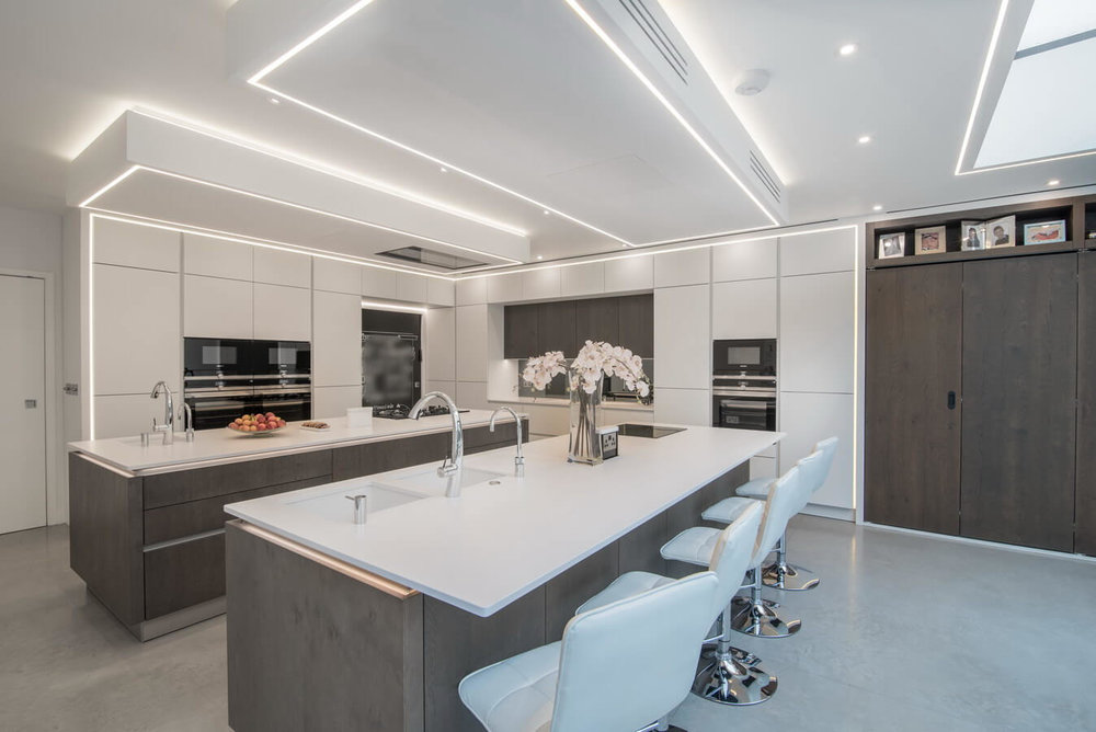 Breakfast-bar-kitchen-London.jpg