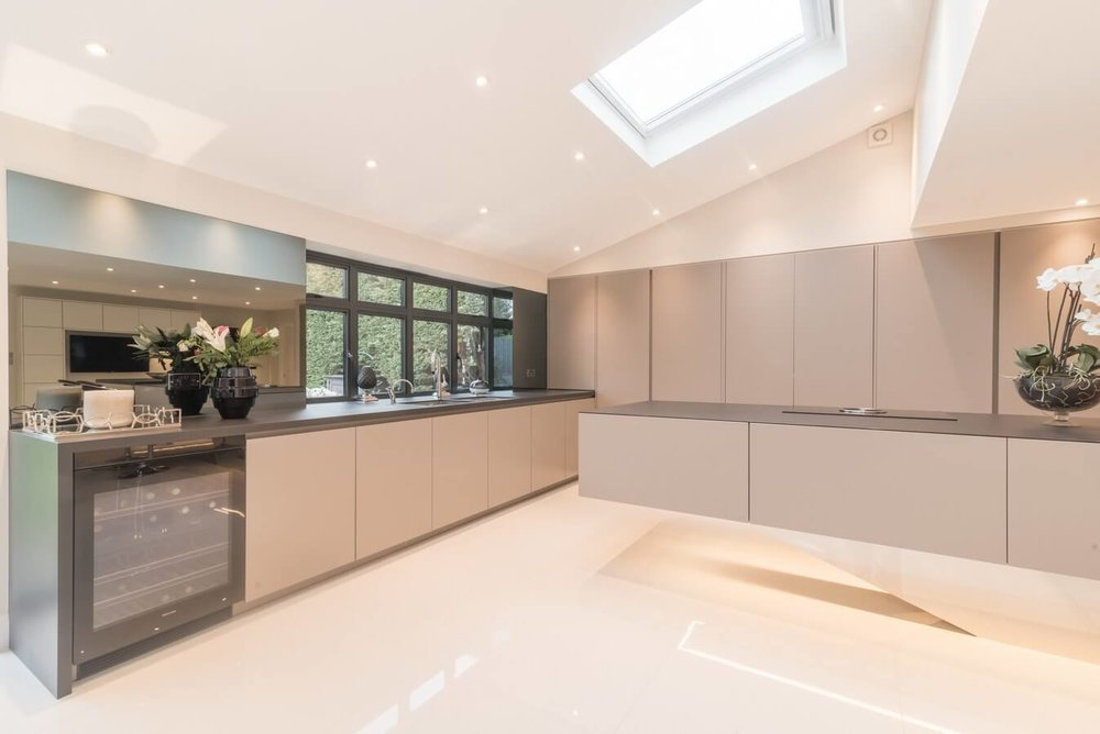 Warendorf-Kitchen-Chigwell-Floating-Island-Grey.jpg