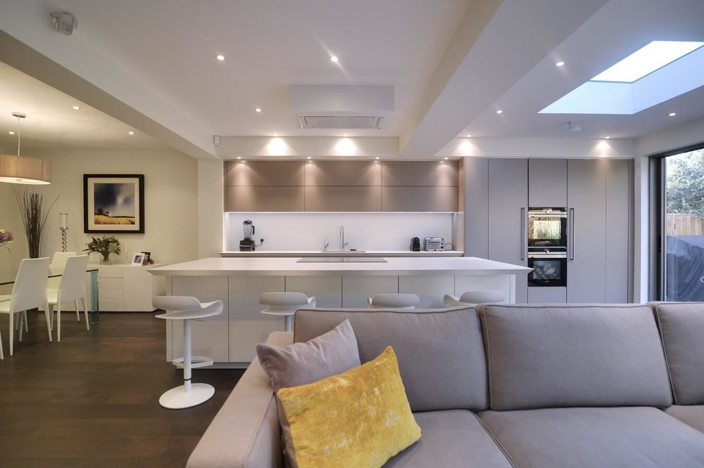 Warendorf-London-Wide-View-Grey-Kitchen.jpg