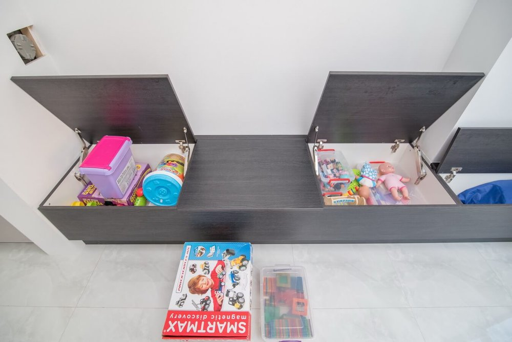 Toy-storage-units-kitchen.jpg