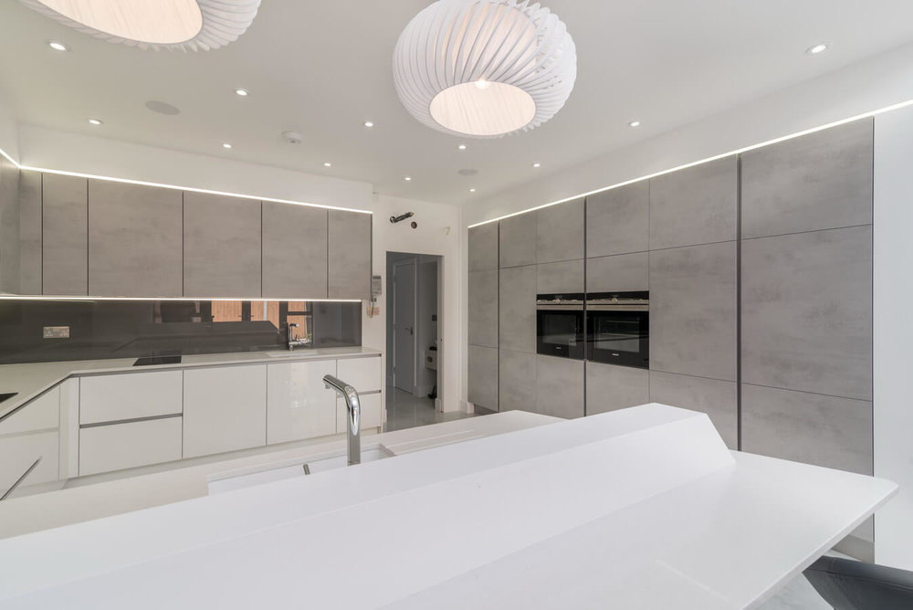 Concrete-effect-finish-kitchen-Nobilia-London.jpg