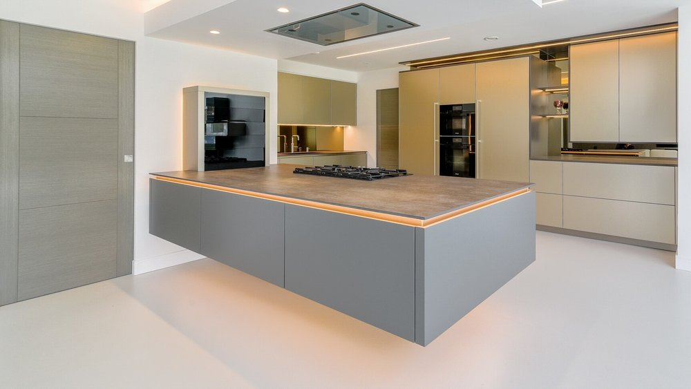 modern-german-warendorf-kitchen-peninsula-portfoliomasthead-2.jpg