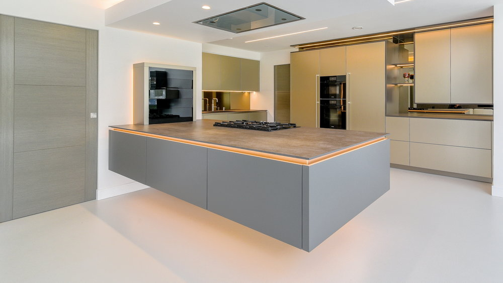 modern-german-warendorf-kitchen-peninsula-portfoliomasthead-1.jpg