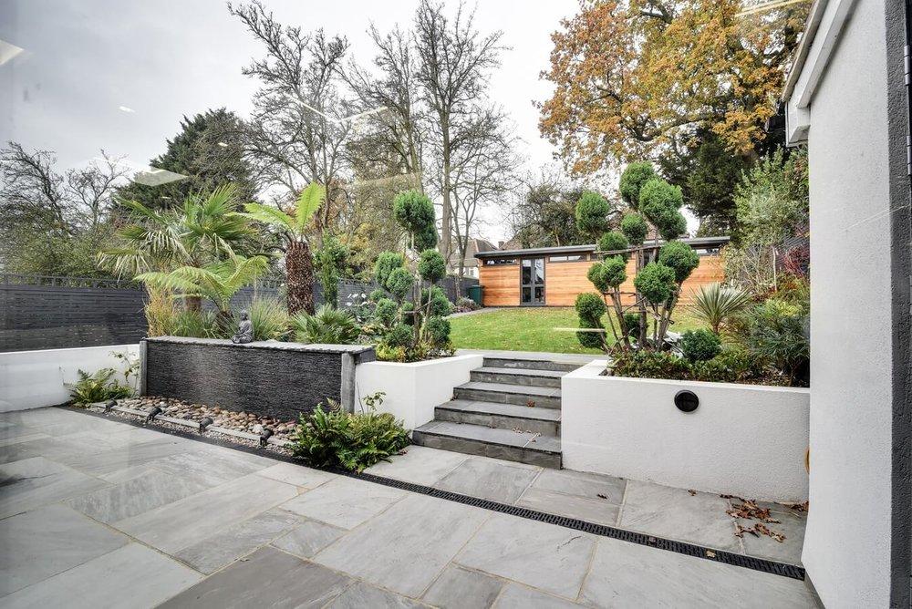 Garden-view-from-kitchen.jpg