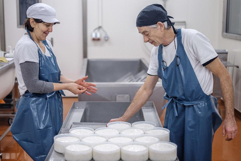 Kaasmakers Giedo en Magda van Kaasmakerij Karditsel