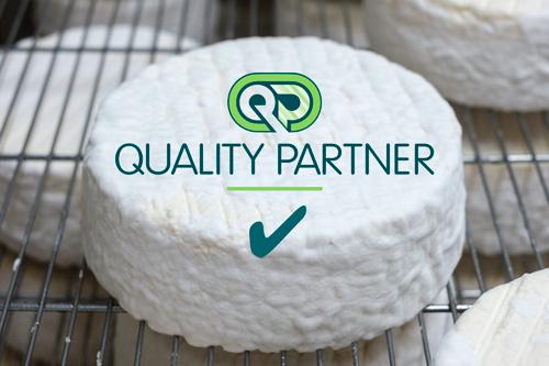 Biologisch - De kaasmakerij en de boerderij zijn biologisch gecertificeerd en worden door dezelfde instantie gecontroleerd, nl. Quality Partner. Een transparante garantie voor onze klanten en consumenten.