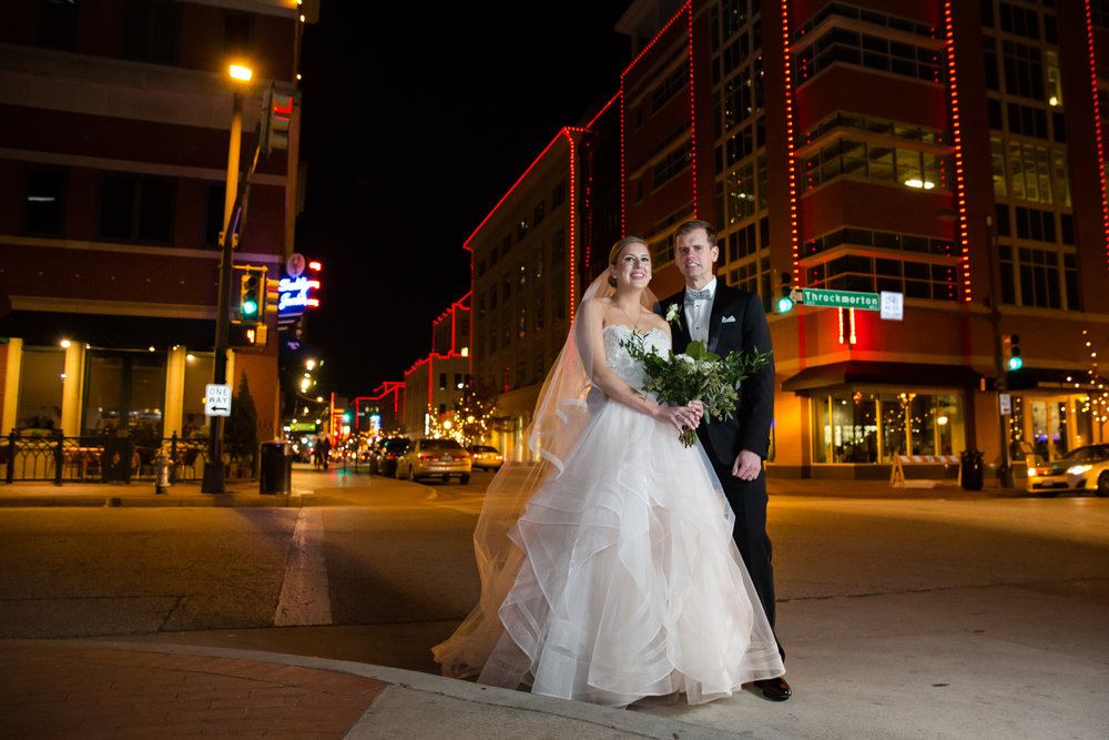 Sundance Square Fort Worth Wedding Photography Night Time Portraits Pictures Historic 512 Downtown wedding Bride white wedding gown