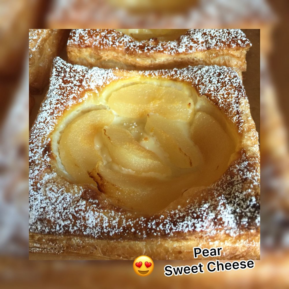 PEAR#SWEET CHEESE#PASTRY