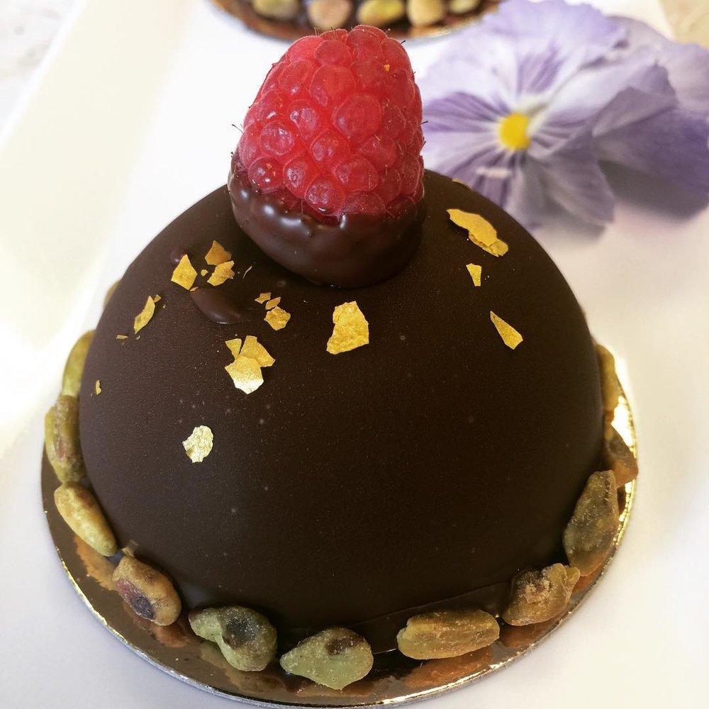 CHOCOLATE MOUSSE #RASPBERRY  #ENTREMET