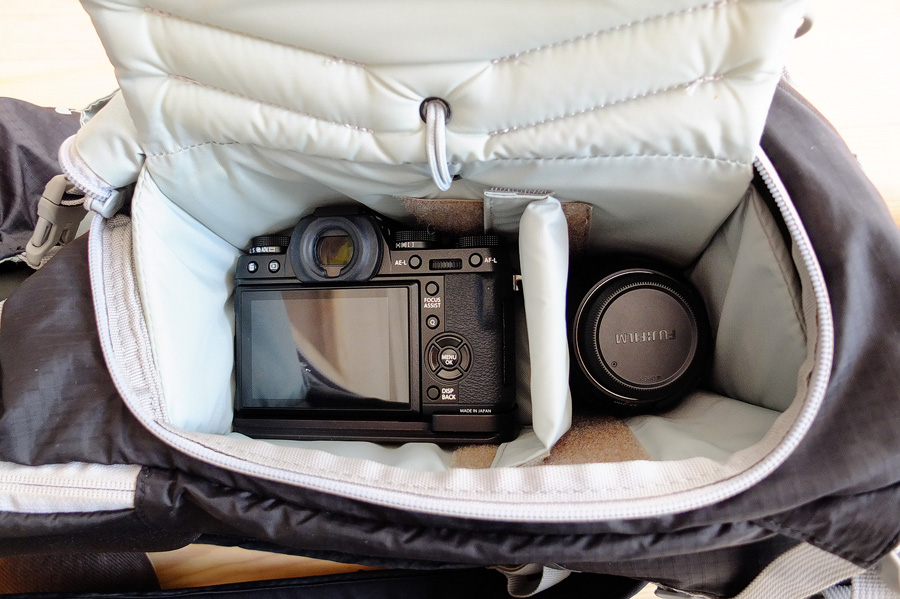 Camera compartment with Fuji X-T1 + 10-24 wide angle zoom and XF55-200mm telephoto