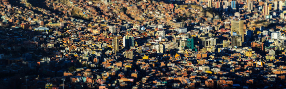 Tilt-shift-perspective-of-downtown-La-Paz.jpg