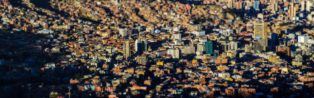 Tilt-shift-perspective-of-downtown-La-Paz.jpg