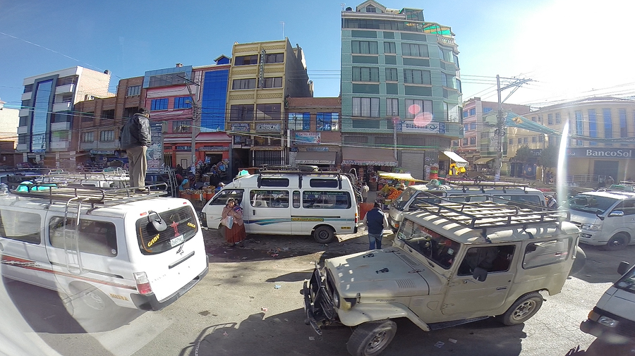 Screen-grab-from-GoPro-video-of-the-bus-passing-through-El-Alto2.jpg