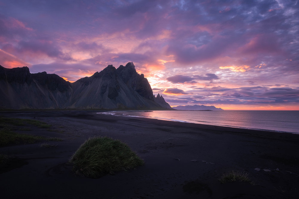 Just before sunrise at the black sand beach of Vestrahorn