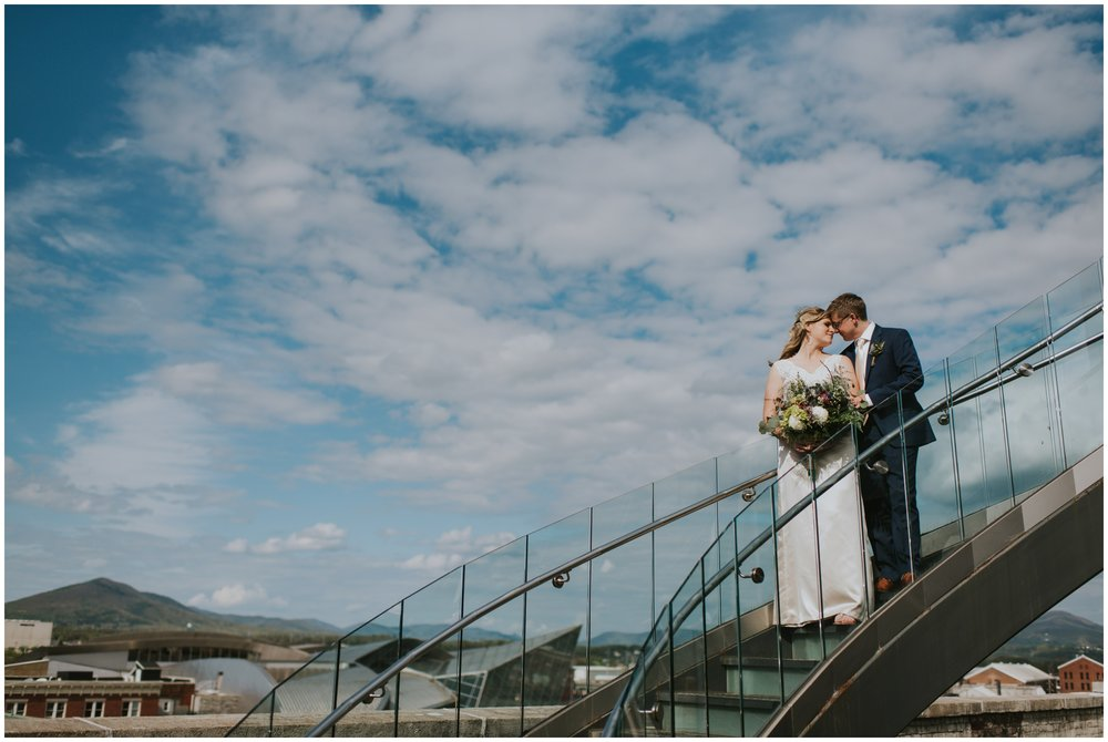Center in the square, downtown Roanoke Virginia wedding  | www.riversandroadsphotography.com