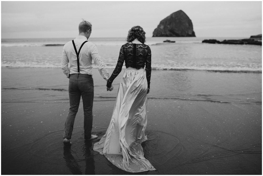 pacific city elopement photographer