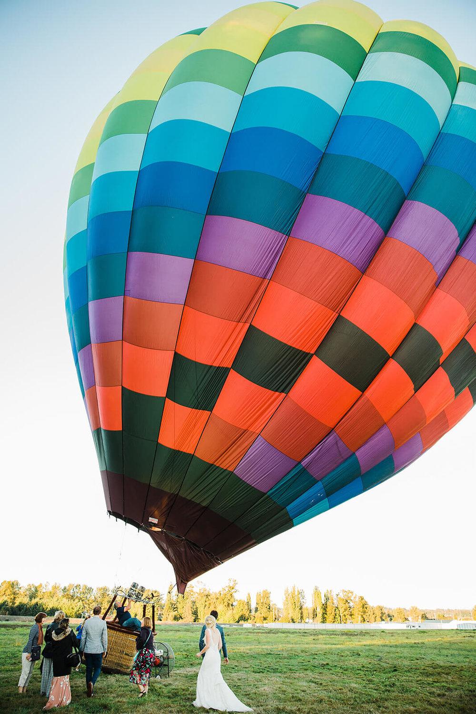 175-Jill-Adam-Wedding-Snohomish-Ballooning.jpg
