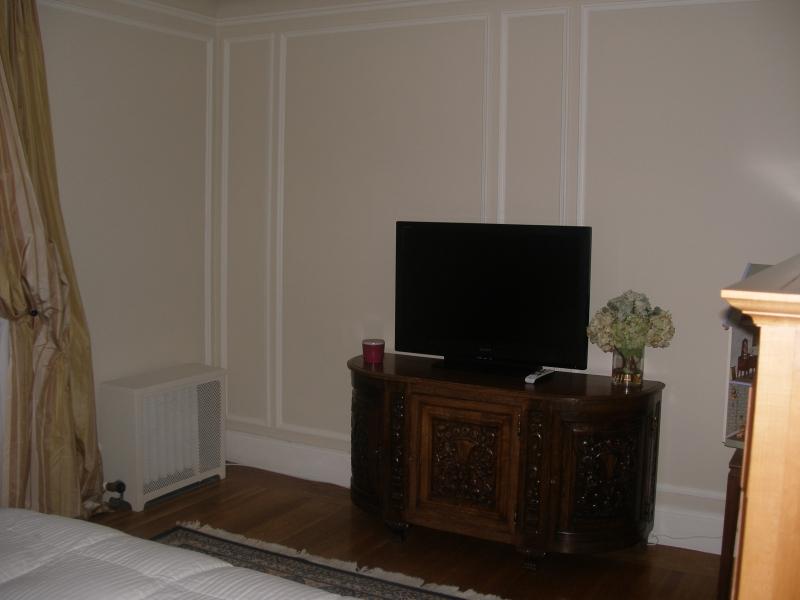 179-06-bedroom-1.jpg