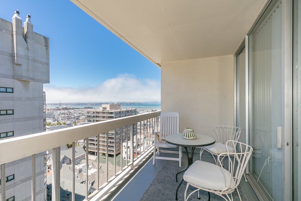 pacific heights condo.jpg