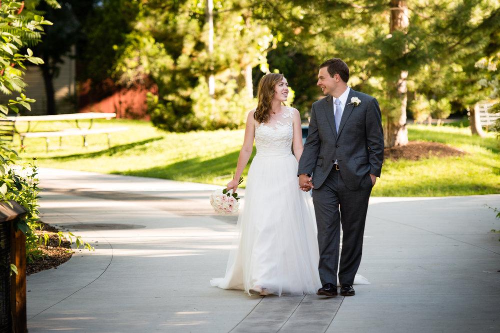 tracy-aviary-wedding-809341.jpeg