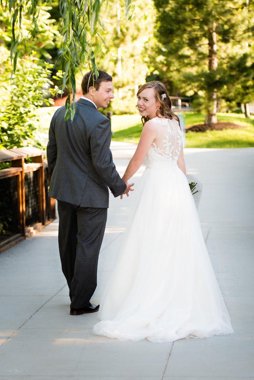 tracy-aviary-wedding-809368.jpeg