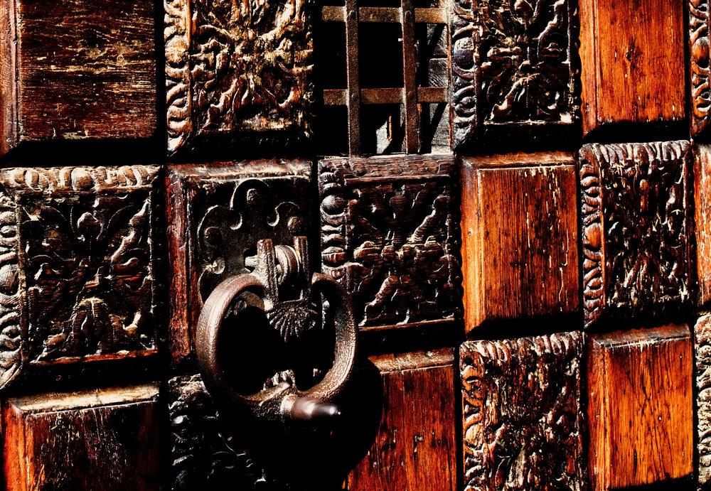 01-2000_Venezia2011_MG_2477doorbig.jpg