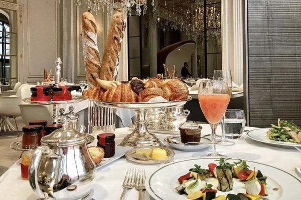 DORCHESTER COLLECTION COMPLIMENTARY BREAKFAST