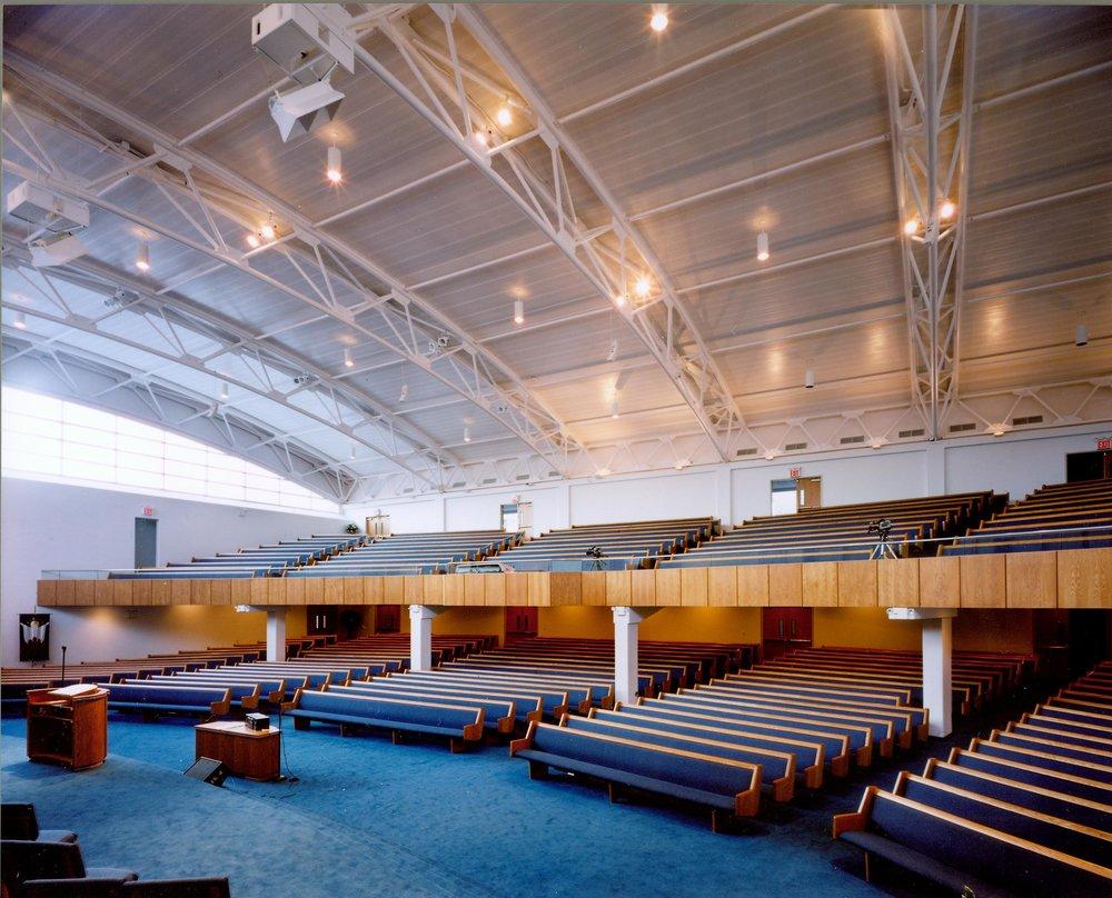 evangel-balcony-front-slide.jpg