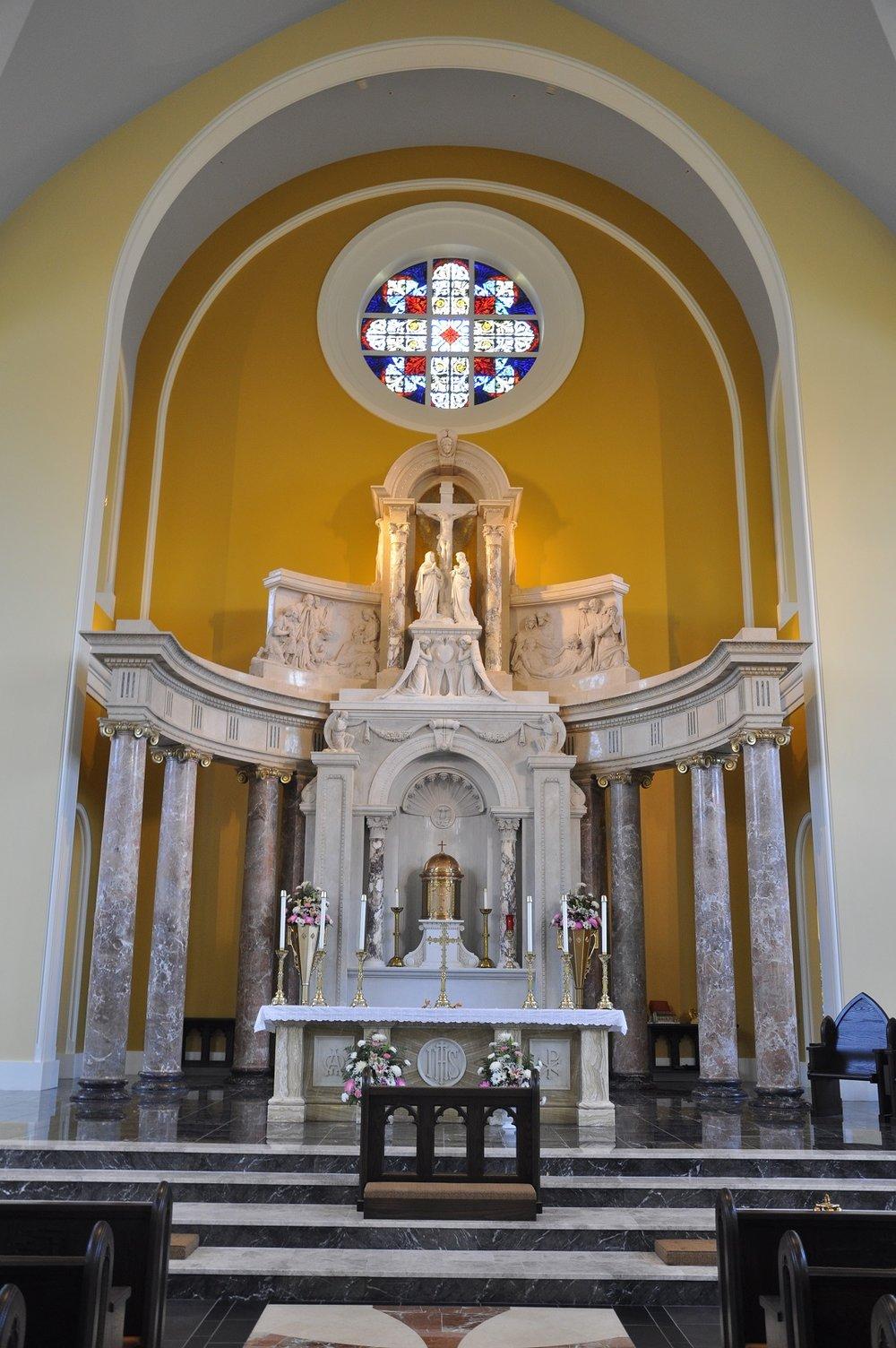 6 - Interior - Altar.jpg